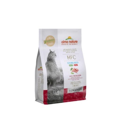 Almo Nature для взрослых и пожилых стерилизованных кошек, со свежей свининой