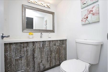 043 Bathroom_edited.jpg