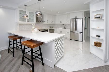 023 Kitchen.jpg