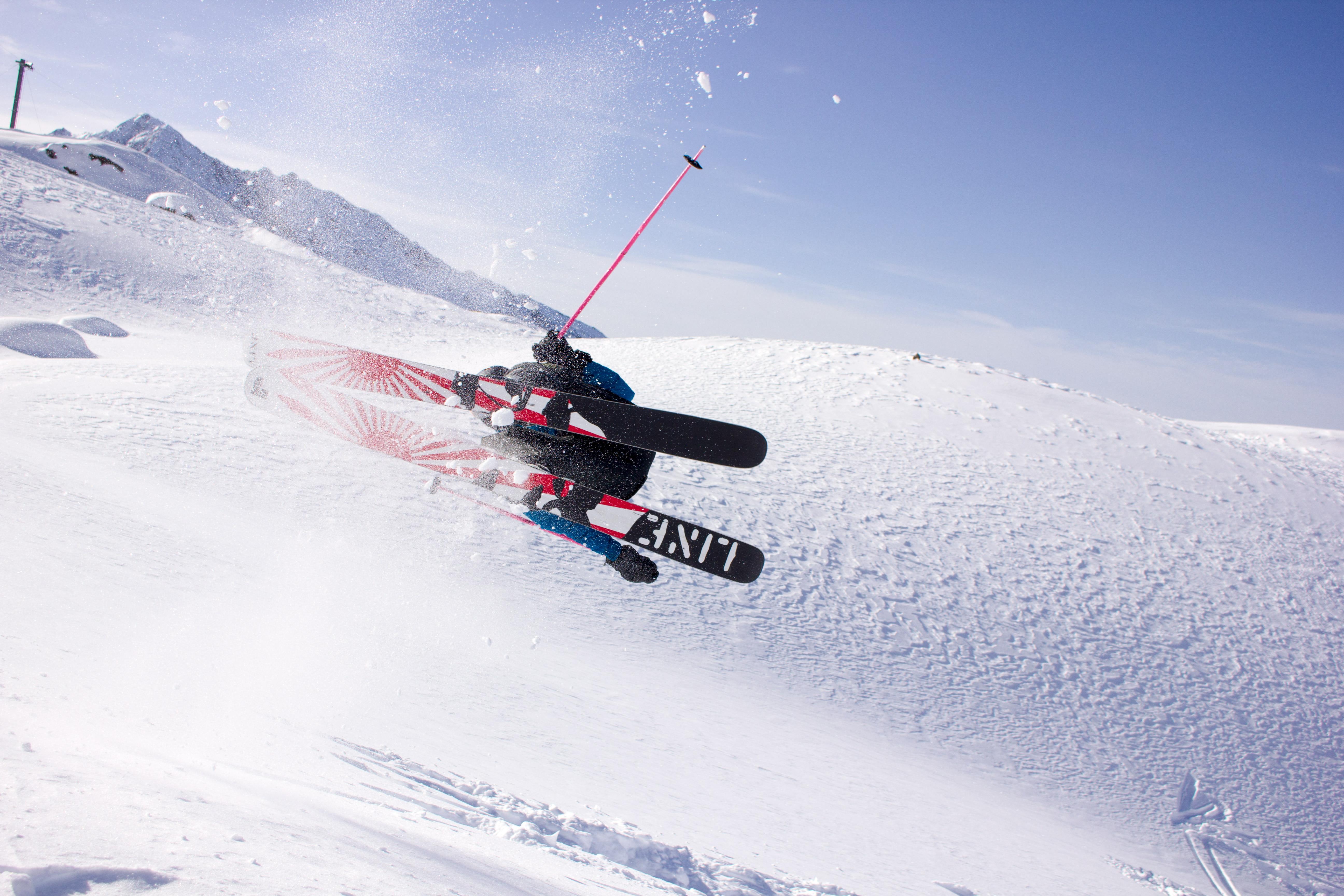 Warwick Pickering Ski Cameraman