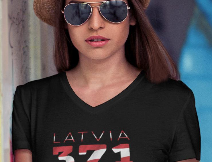 Lativia Womens Black T-Shirt