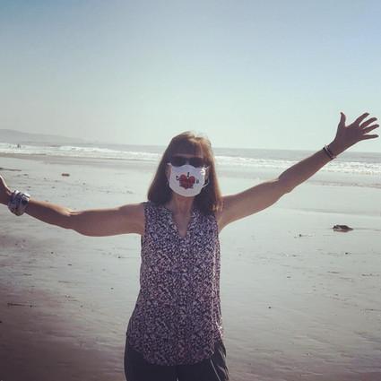 mask pic Becky.JPG
