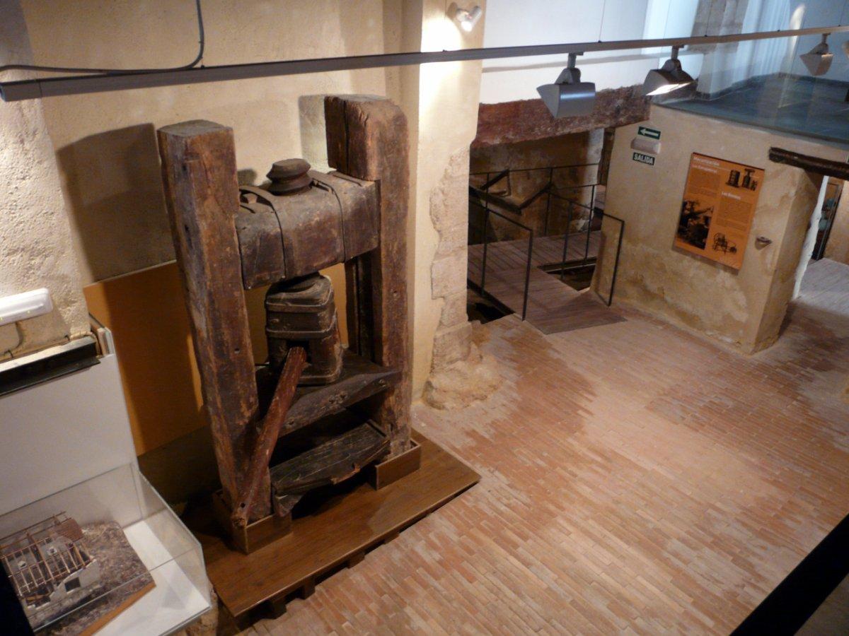 Museo-del-Vino-de-Requena-1