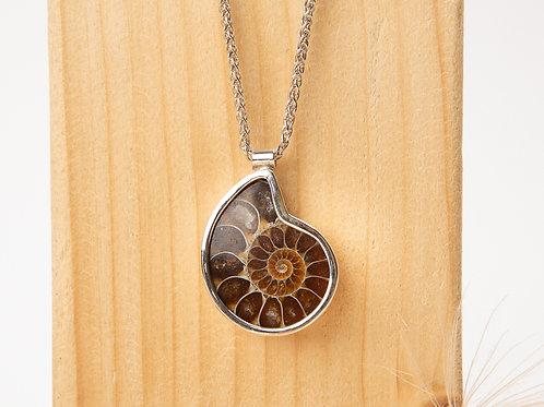 Collier  en argent 925 et fossile d'ammonite
