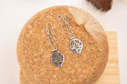 Longues boucles d'oreilles en argent et poudres de pierres fines