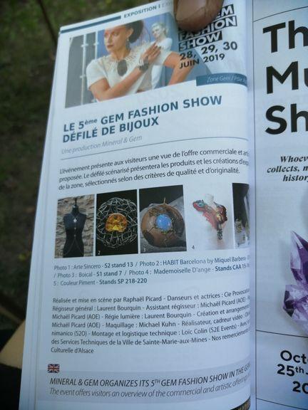 Arte-Sincero gem fashion show