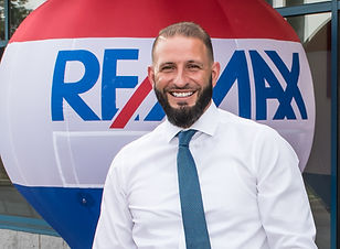 ReMax Premier Properties-7356-2.jpg