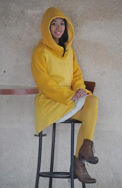 Manteau jaune