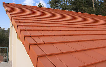 Plana clay tile in natural red