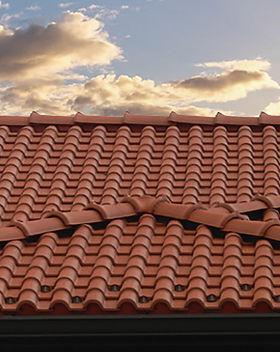 Lusa Spanish S Interlocking clay tile