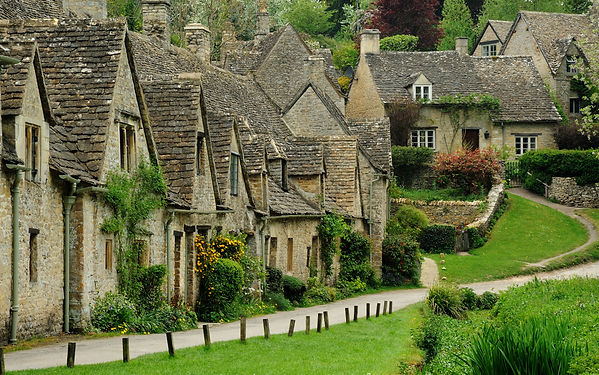 Cotswold village.jpg