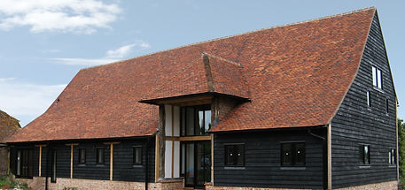 Tudor Barn 60% Medium Antique 20%