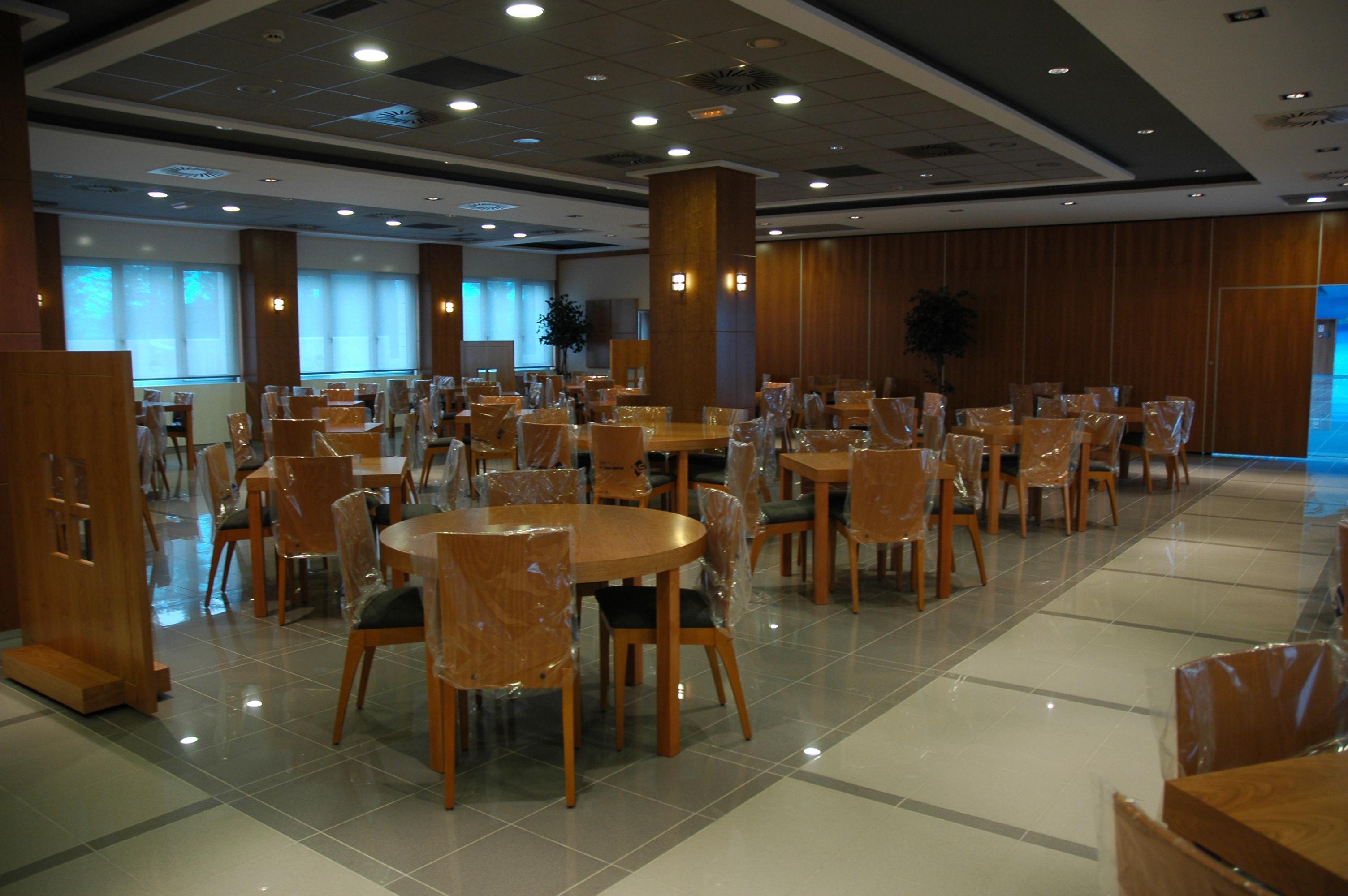 Hotel Velilla. 2003