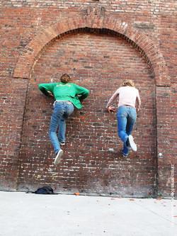 Kitty Pride va  droit dans le mur#06