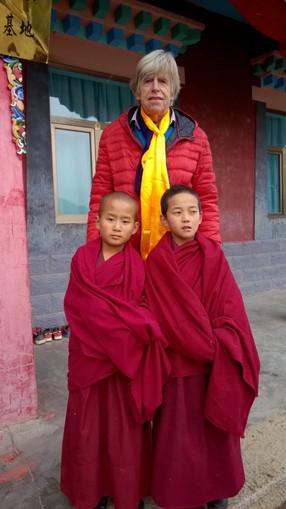Chez Les Moines Bouddhistes au Tibet