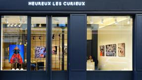 Accrochage Yin & Yang  à Heureux Les Curieux - Paris