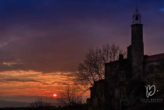 Silhouette du Marchidial au soleil levant