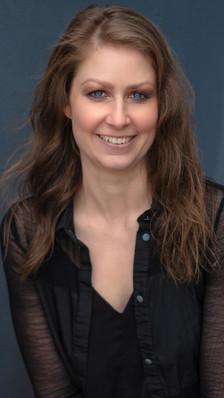 Ingrid Ritchie Headshot by Reel Photographs