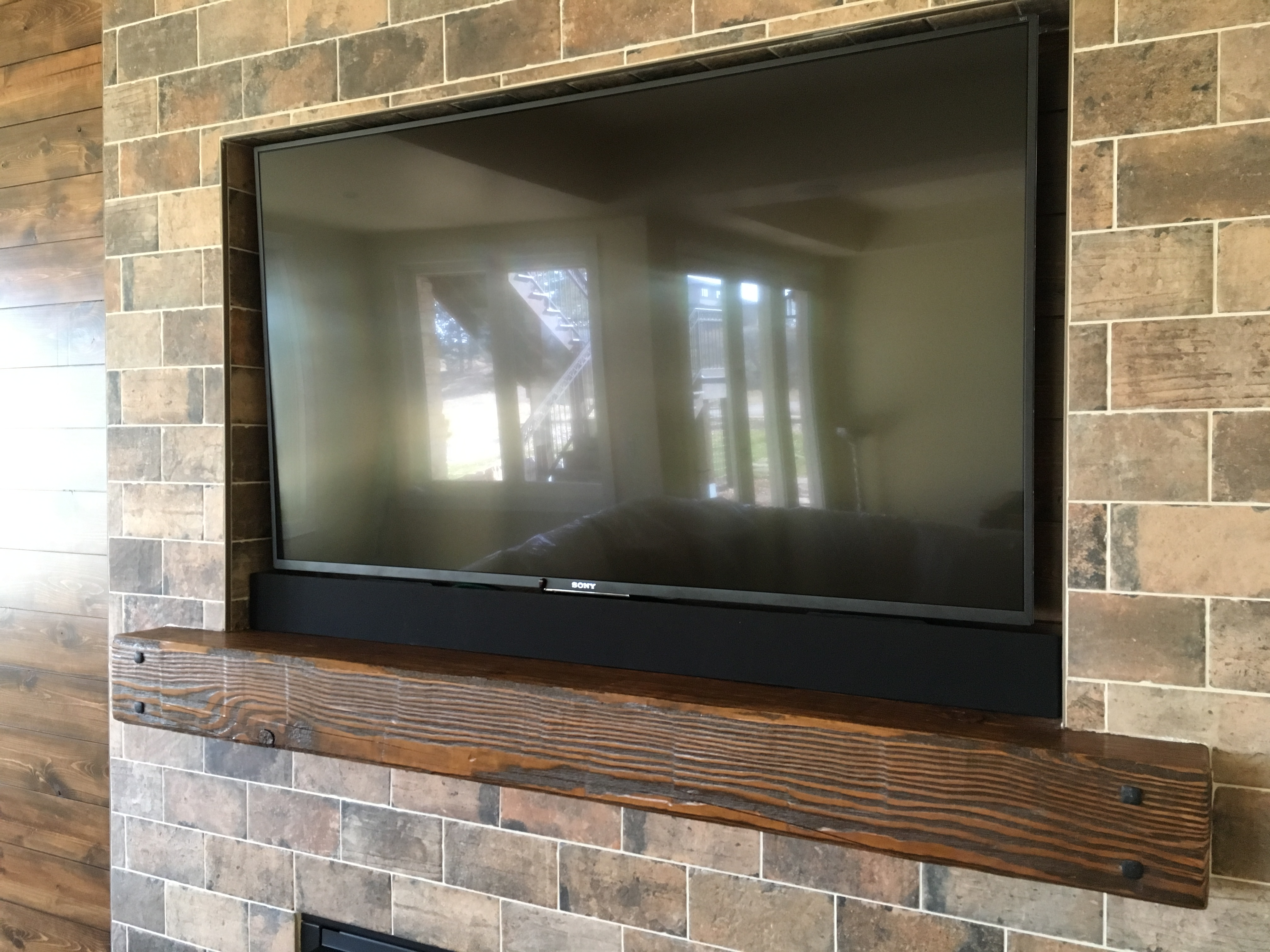 Inset TV with Speaker Bar