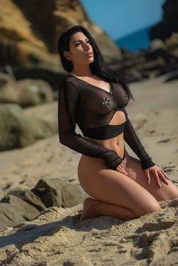 Zhara Beautiful Female Stripper Los Angeles California