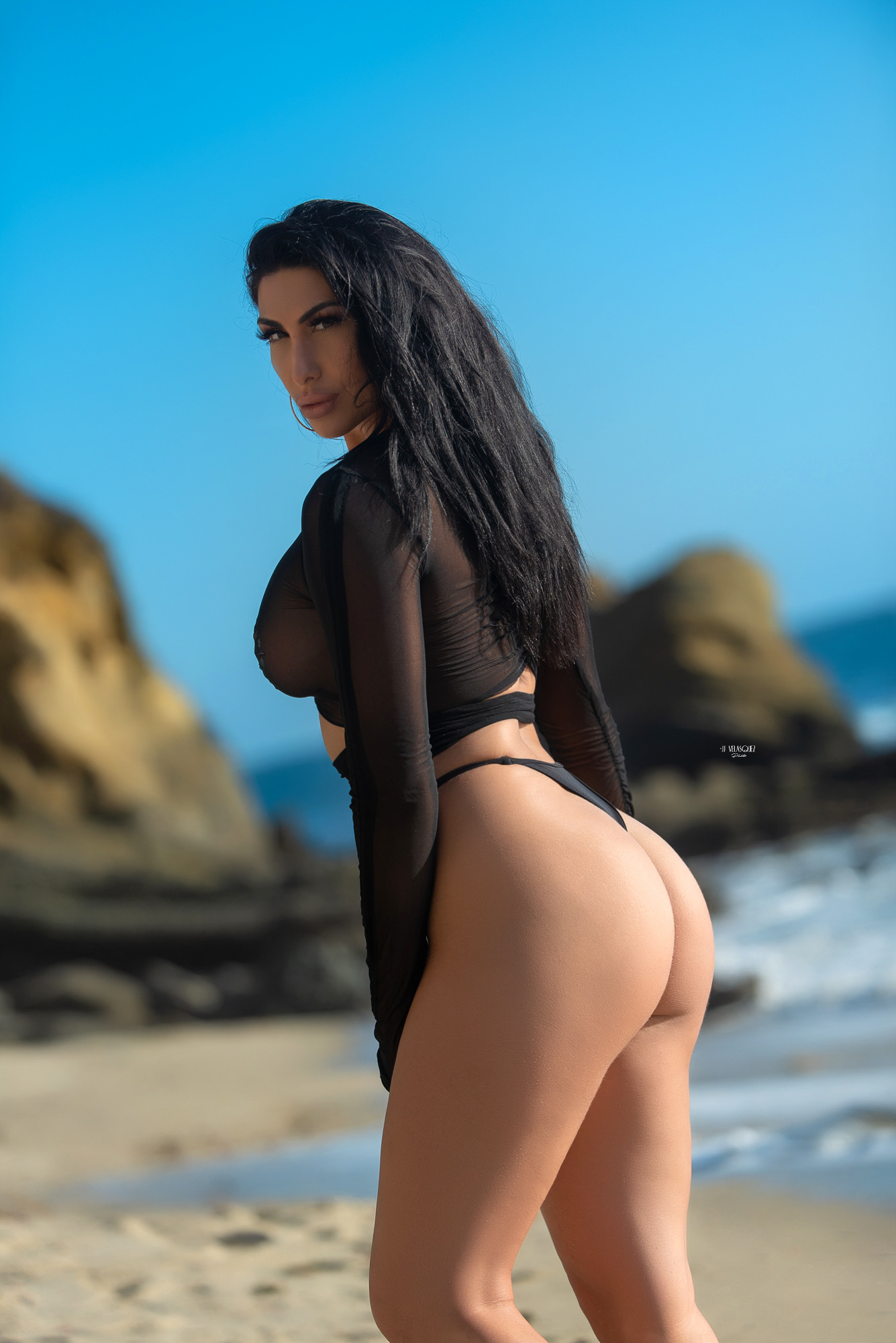 Zhara Sexiest Female Exotic Dancer in Riverside/Temecula, California