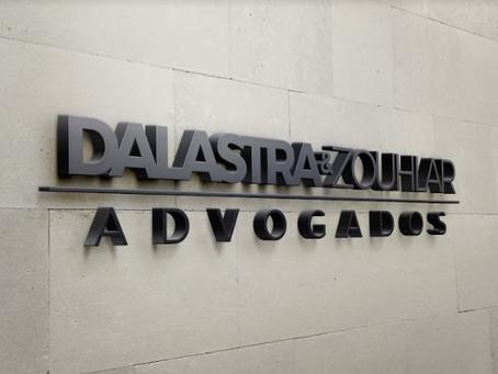 Moderna e sofisticada: o processo de criação da logomarca Dalastra & Zouhlar Advogados