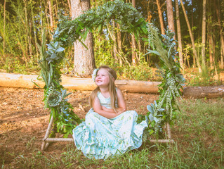 Floral Hoop Mini Sessions