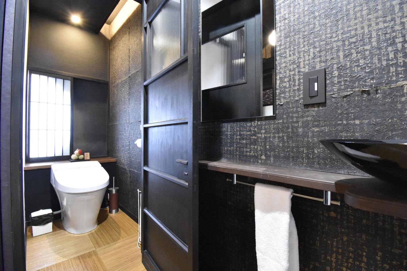 二階のトイレ.jpg
