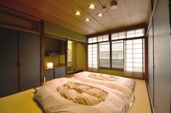 二階の和室1