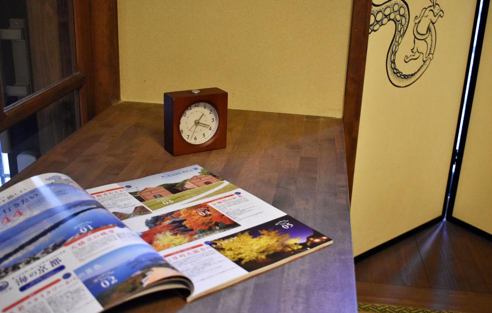 一階のリビングの時計.jpg
