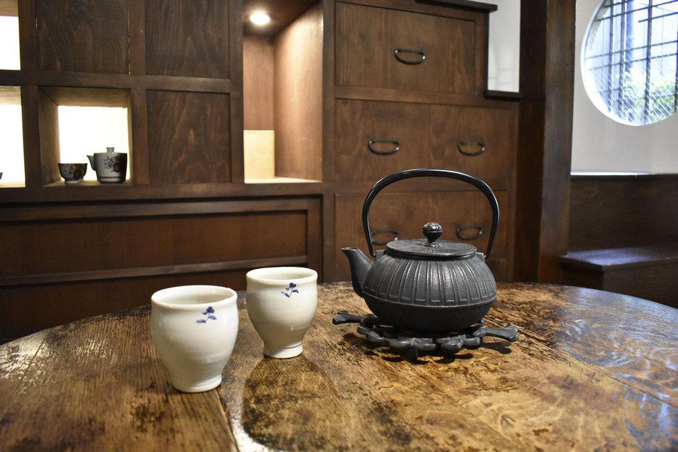 お茶セット-min.jpg