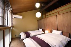 二階の寝室2