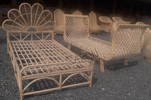 Sika rattan bed