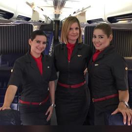 Tripulantes de cabina 2.JPG