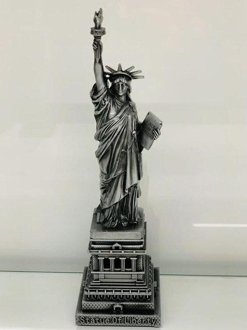 Newyork City's Pride-The Statue of Liberty in Silver Colour