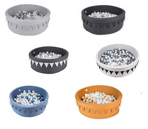 Piscine à Balles Fanions 6 variantes au choix - 200 balles incluses