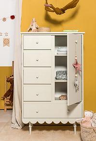 komoda_babushka_chest_of_drawers.jpg