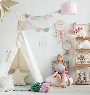 Tipi de jeu enfant chambre bébé montessori décoration design tente