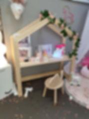 Bureau cabane mason montessori évolutif enfant motricté libre