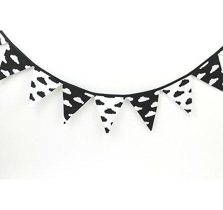Guirlande de Fanions Noir & Blanc nuages