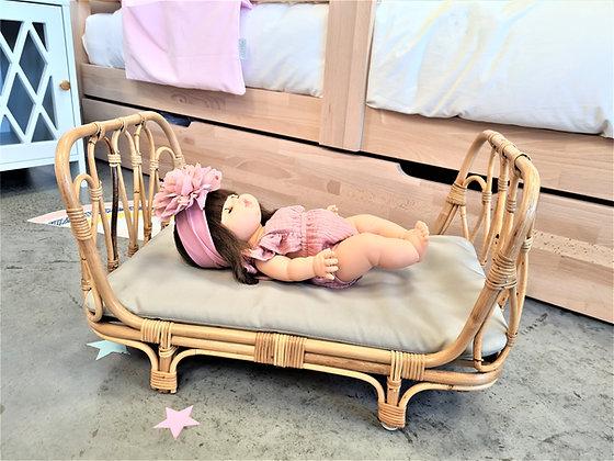Lit de poupée en Rotin Lisette