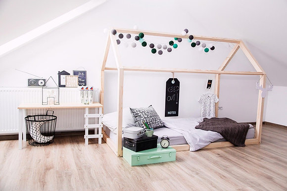 Cadre Maison au sol 140x190cm ou 200cm Esprit Montessori sans sommier