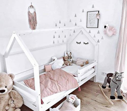 lit cabane montessori gribouille ta chambre. Black Bedroom Furniture Sets. Home Design Ideas