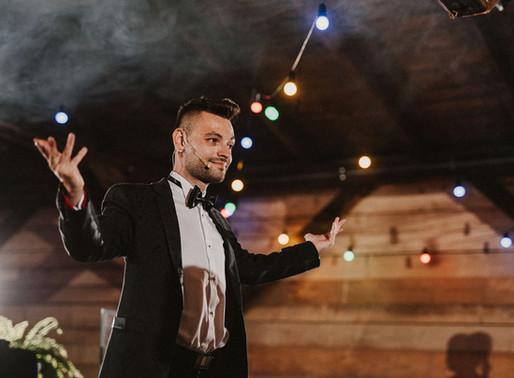 Jak zadbać o swoich gości weselnych, dzięki magicznej atrakcji?