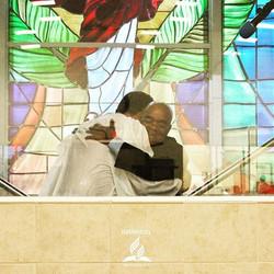 Estamos alegres de tener un nuevo hermano en Jesucristo_._._._._._._
