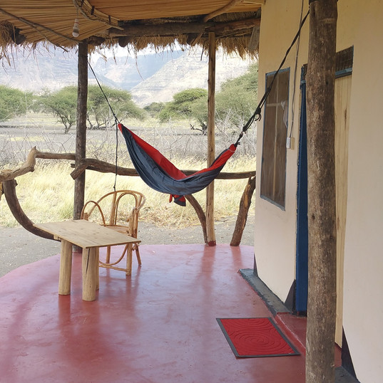 Maasai Giraffe Eco Lodge, lake Natron, Tanzania