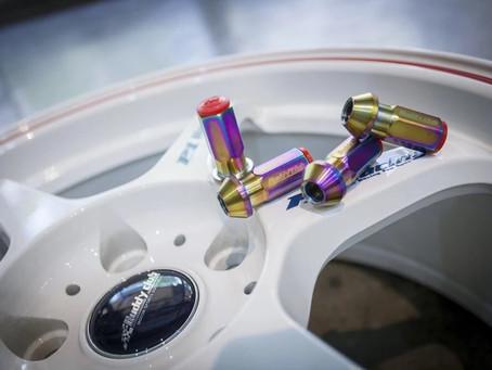 貫通タイプを採用 バーディークラブ P-1 Racing NUT!