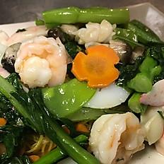 Seafood Vegetable Pan Fried Noodle 海鮮炒麵