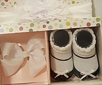 Baby Girl newborn shoes and Head Bow.jpg