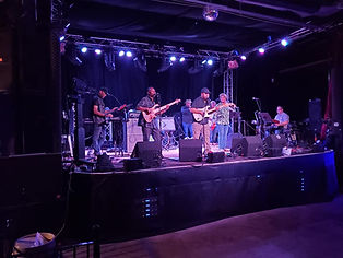 Gilmore Band 2.jpg